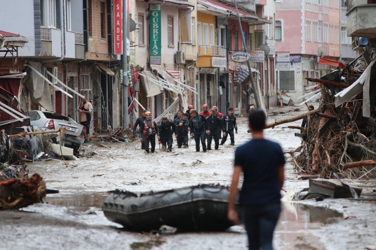 Batı Karadeniz deki sel felaketinin ağır bilançosu #4