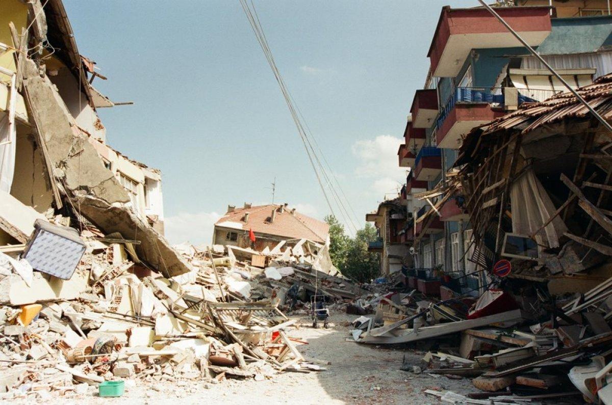 Gölcük Depremi nin 22 nci yıl dönümü #2