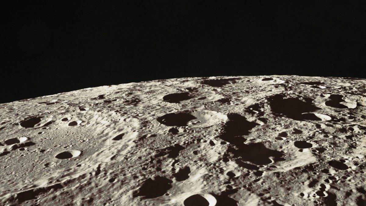 NASA, ekipmanlarını Ay da üretecek #1