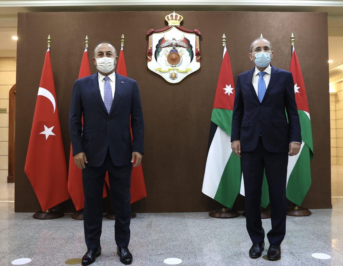 Mevlüt Çavuşoğlu: Suriyeli göçmenlerin dönmesi için çaba sarf etmeliyiz #2
