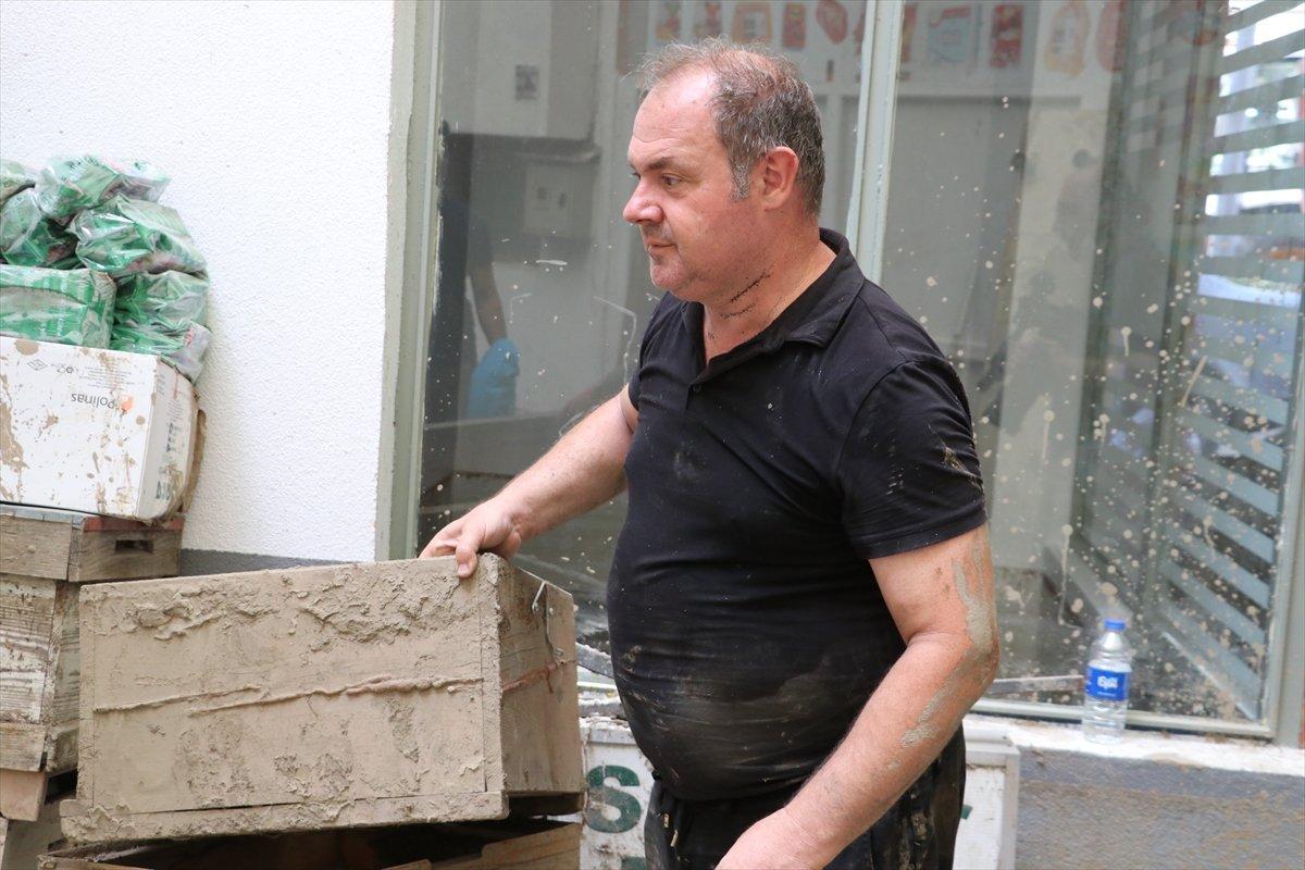 Bozkurt taki sel felaketinde 5 bin 500 arı kovanı hasar aldı #2