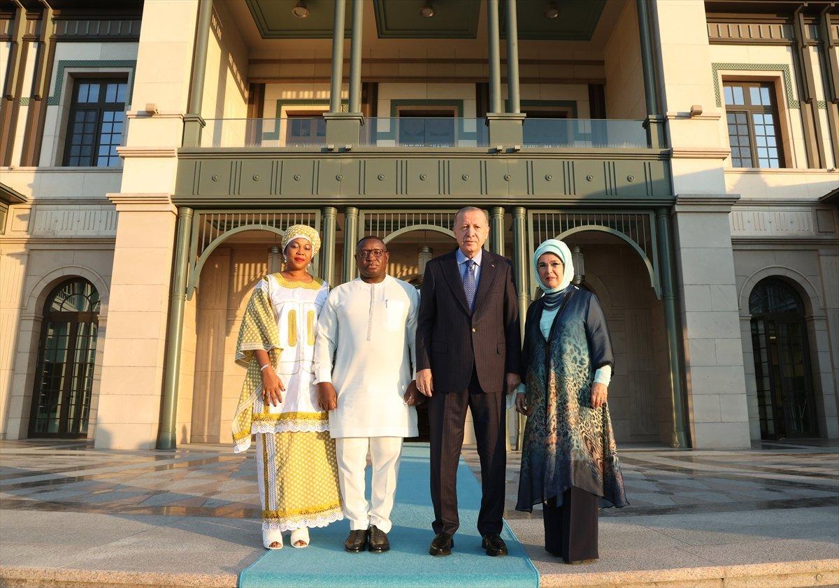 Cumhurbaşkanı Erdoğan, Sierra Leone Cumhurbaşkanı ile görüştü #1