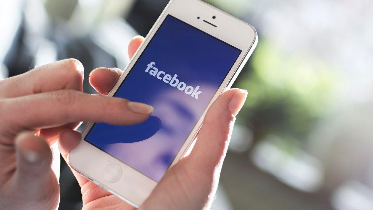 Facebookta uzun zaman geçirmek depresyonu tetikliyor