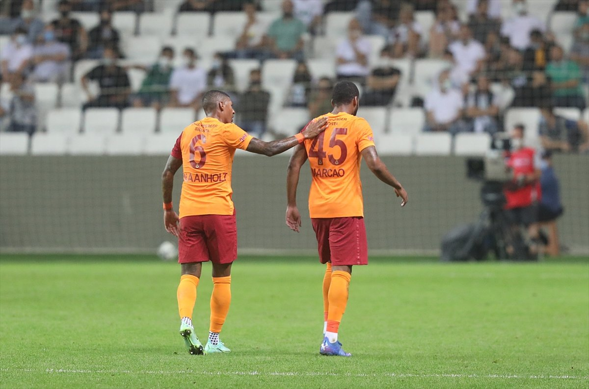 Galatasaray da Marcao yu en az 5 hafta ceza bekliyor #2