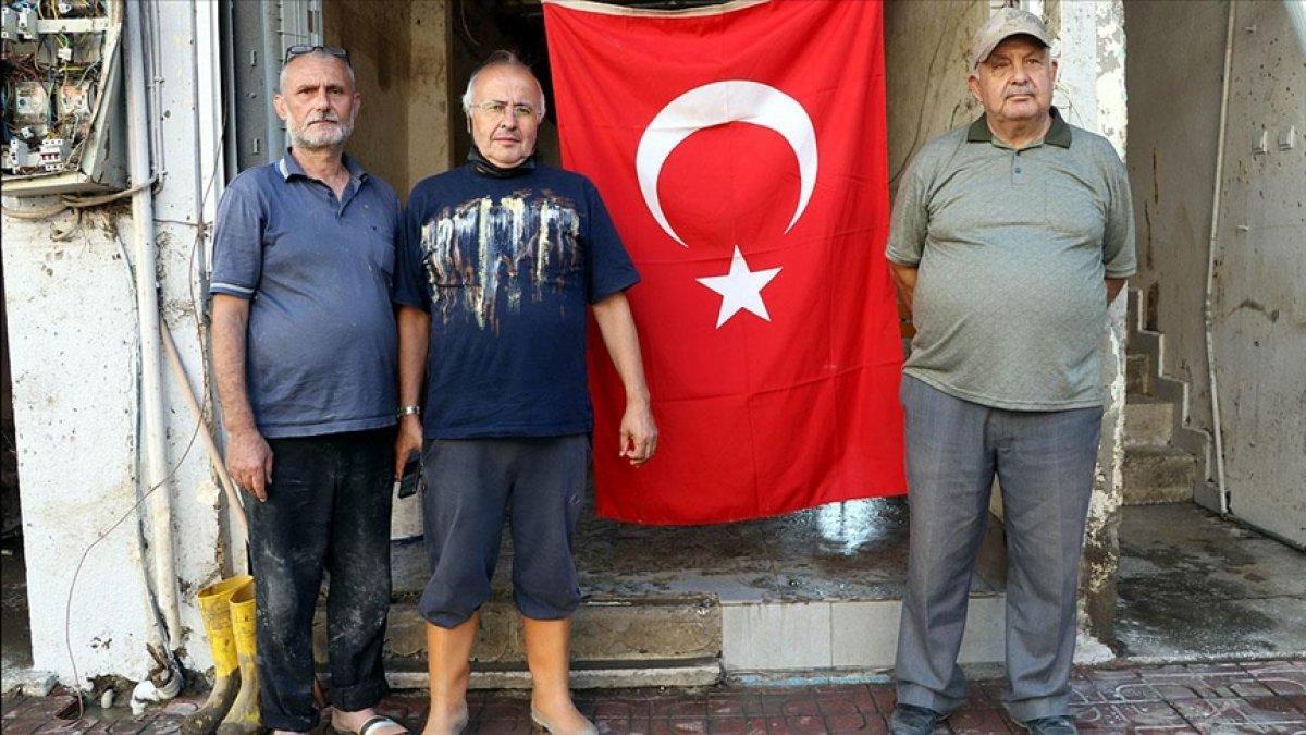 Bozkurt ta selin vurduğu esnaf Türk bayrağından güç alıyor #1