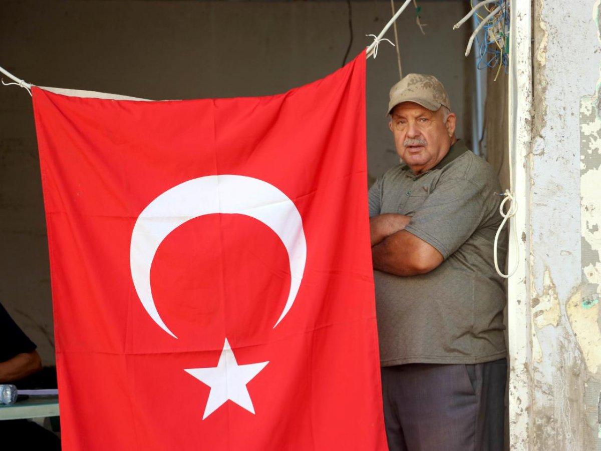 Bozkurt ta selin vurduğu esnaf Türk bayrağından güç alıyor #4