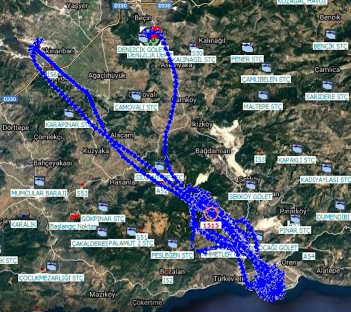 Yangın söndürme helikopterlerinin alevlere müdahalesini gösteren harita #1