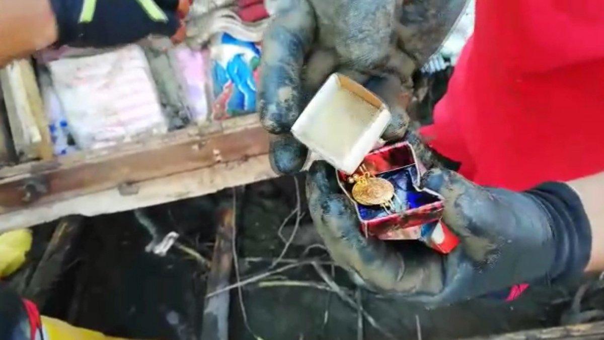 Kastamonu daki selde hayatını kaybeden anne ve kızın eşyaları bulundu #2