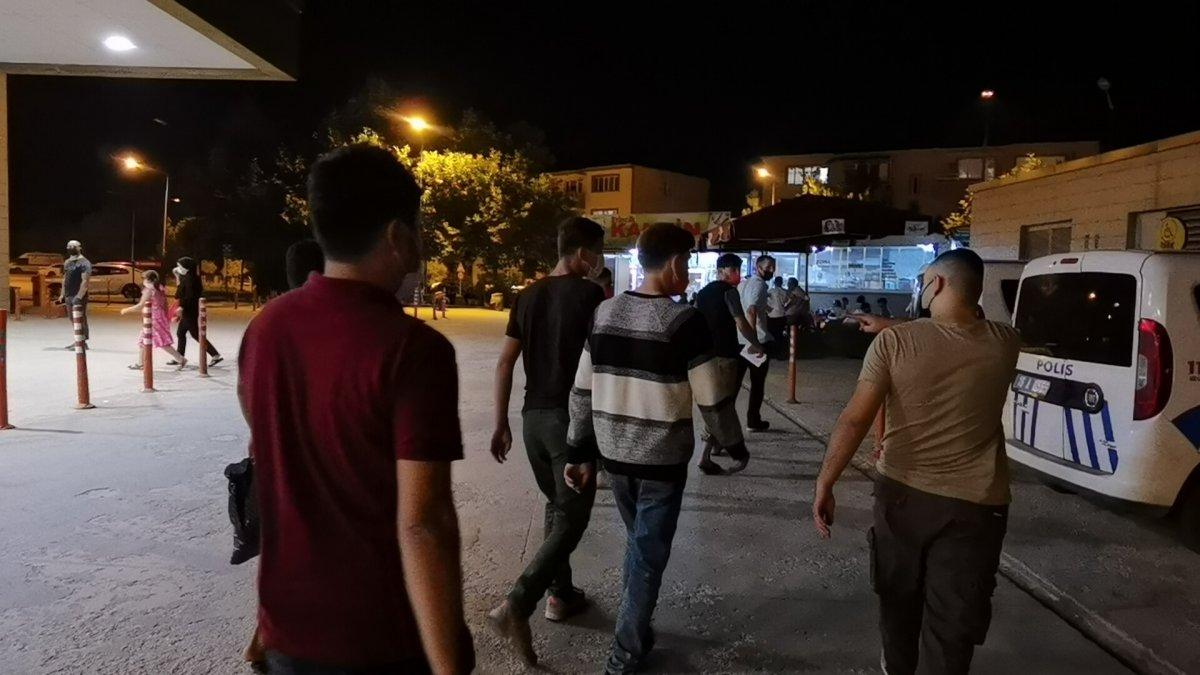 Bursa da 5 kaçak göçmen yakalandı #2