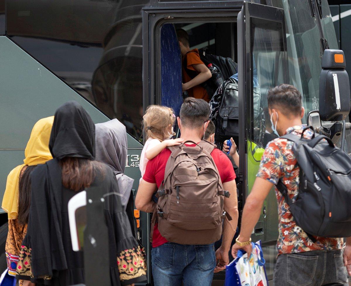 Yunanistan, Afgan göçmenlere karşı önlemleri artırdı #2