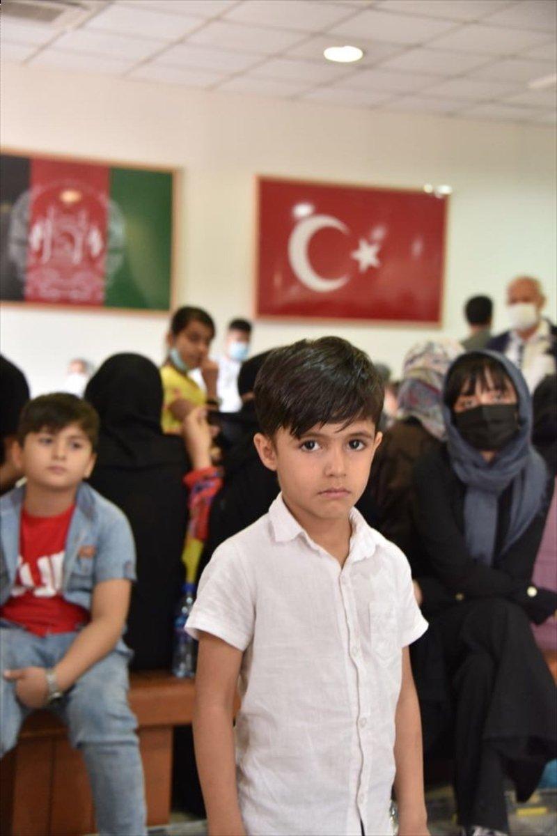 Afganistan da Türk vatandaşların tahliyesi sürüyor #11