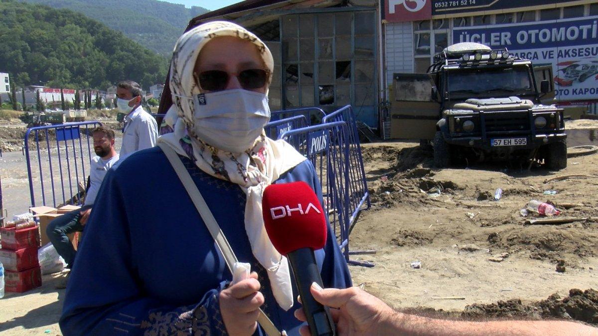 Babaçay köyünde 37 yıl önce yapılan afet evleri, selde yıkıldı #3