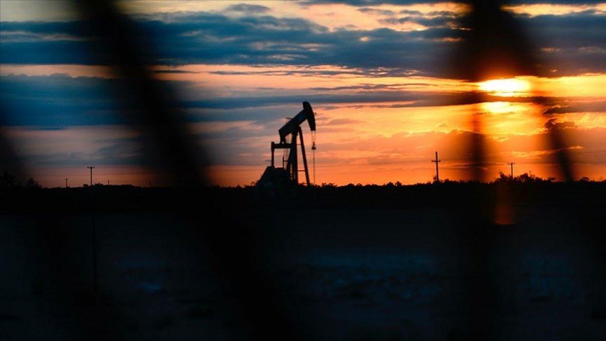 Brent petrolün varil fiyatı 69,32 dolar #1