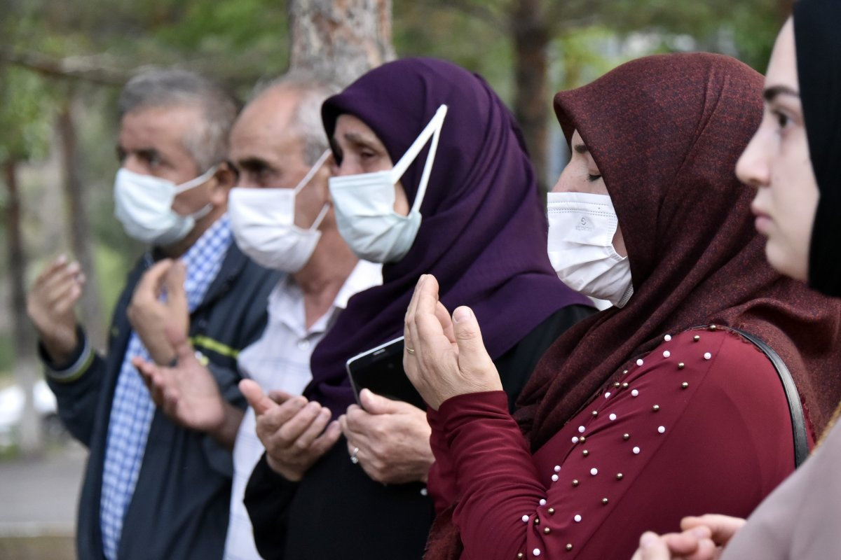 Gümüşhane de Suriye'de görev yapacak PÖH'ler dualarla uğurlandı #6