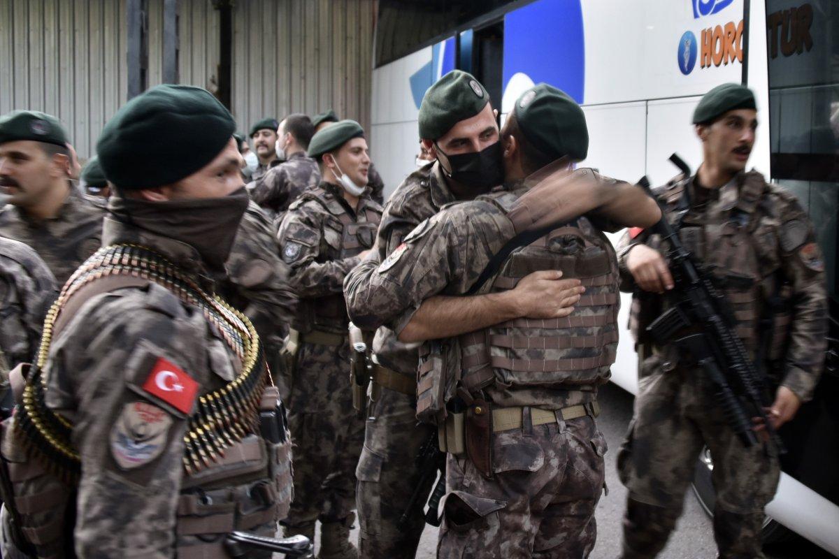 Gümüşhane de Suriye'de görev yapacak PÖH'ler dualarla uğurlandı #8