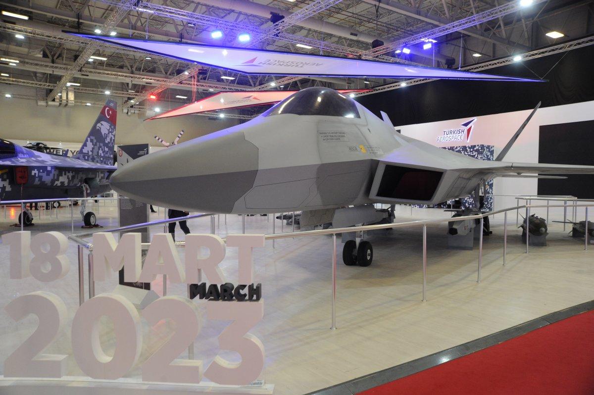 TUSAŞ ın geliştirdiği Milli Muharip Uçak, IDEF te görücüye çıktı #1
