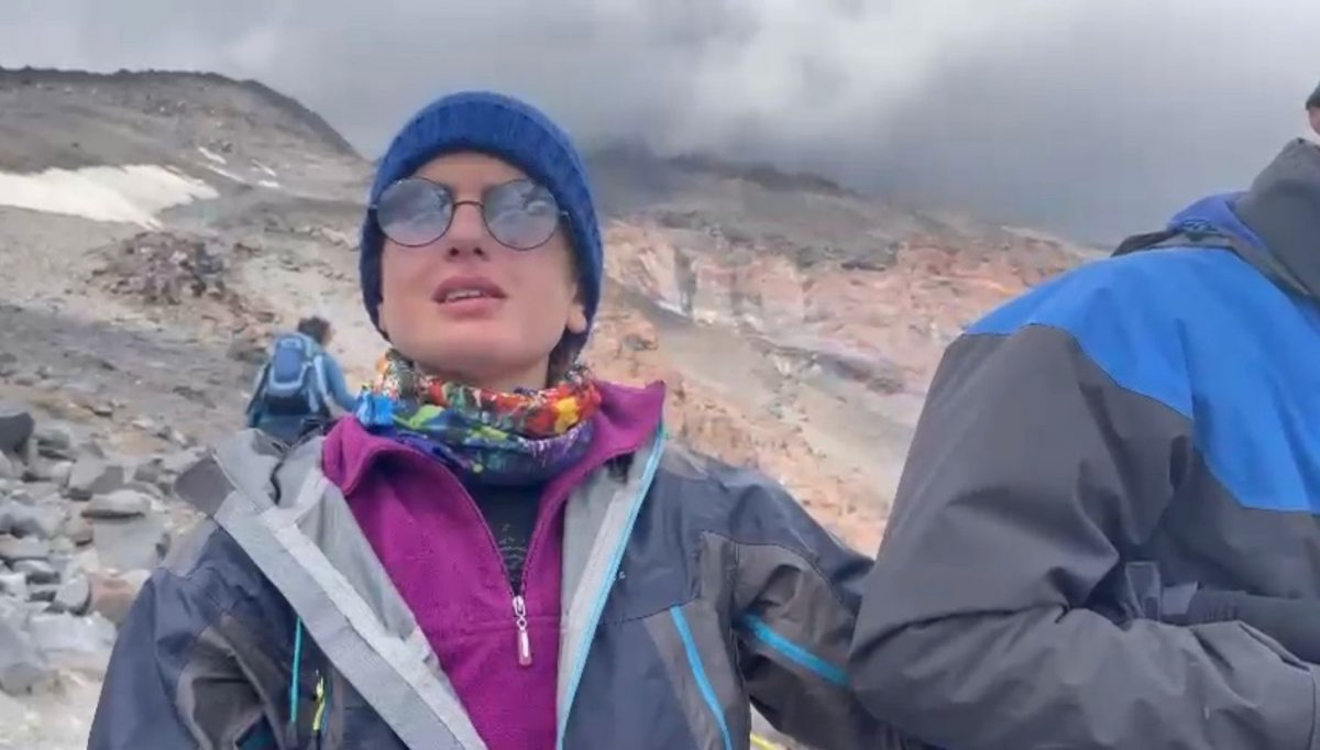 Görme engelli Melisa, Ağrı Dağı na tırmandı #1