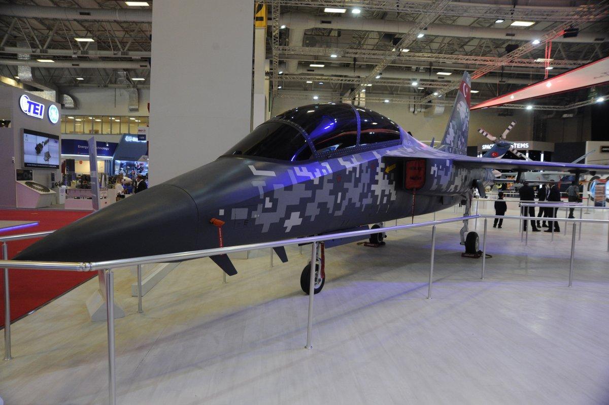 TUSAŞ ın geliştirdiği Milli Muharip Uçak, IDEF te görücüye çıktı #5