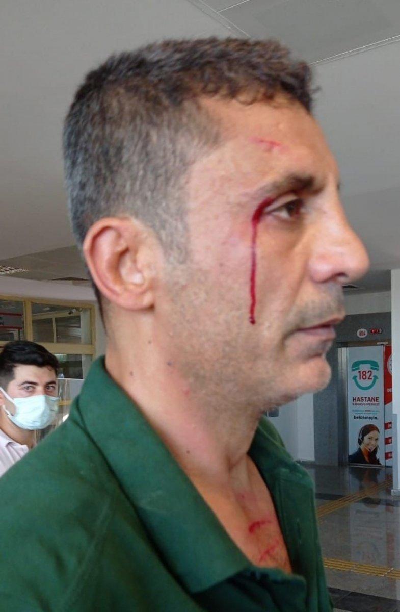 Şanlıurfa da hasta yakınları sağlıkçıya saldırdı  #2