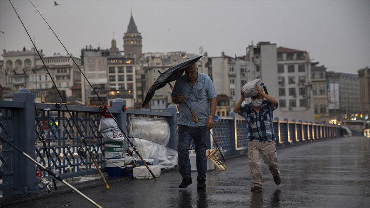 Türkiye, sellere rağmen son 60 yılın en düşük tarım yağışlarını gördü #5
