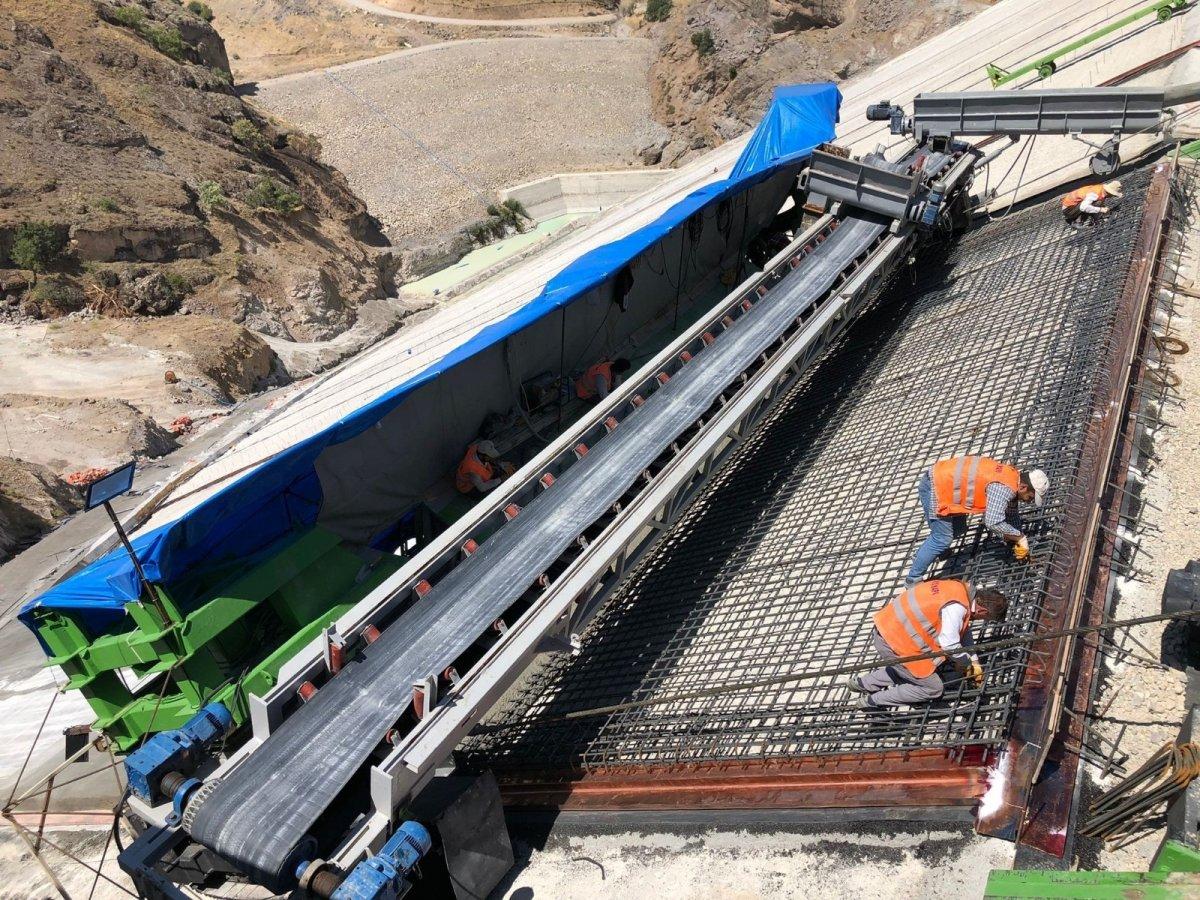 Yoncalı Barajı'nın ön yüz beton imalatına başlandı #1