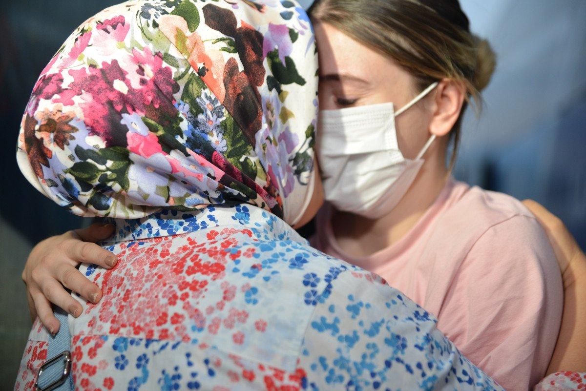 Afganistan da başörtüsü sayesinde hayatları kurtuldu #5
