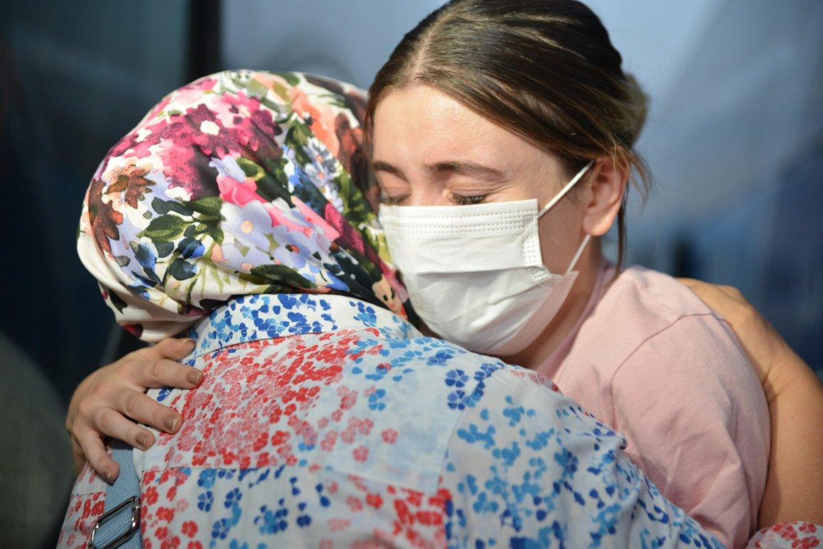Afganistan da başörtüsü sayesinde hayatları kurtuldu #1