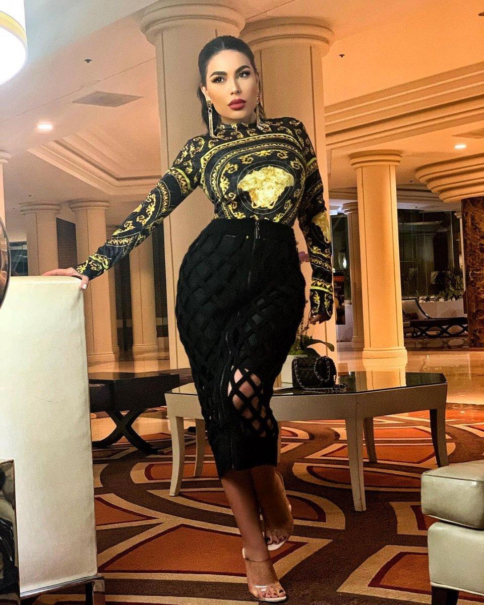 Afgan şarkıcı Aryana Sayeed, Amerikan uçağıyla Türkiye ye geldi #7