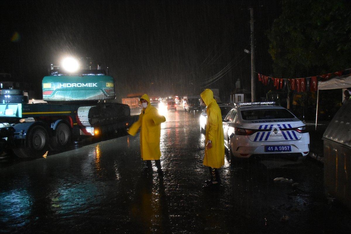 Meteoloroloji den sel bölgesi Sinop a sağanak yağış uyarısı #5
