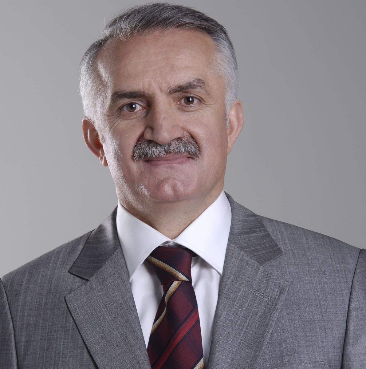 Çayeli Belediye Başkanı, ağabeyini vekaleten belediye başkan yardımcısı atadı #3