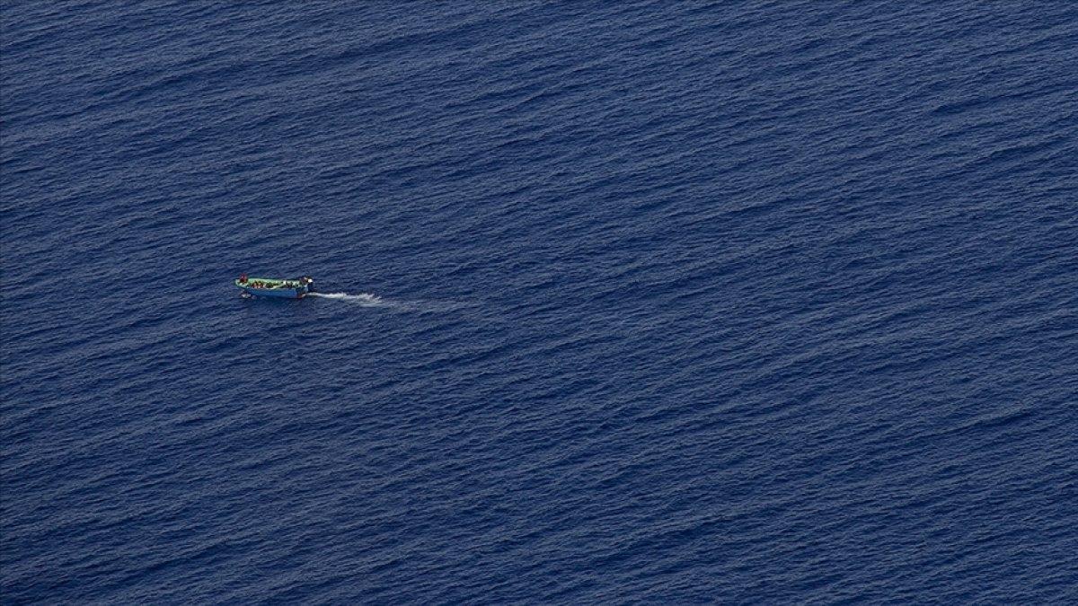 Kanarya Adaları na giden teknede 2 hafta denizde mahsur kalan 47 göçmen öldü #1