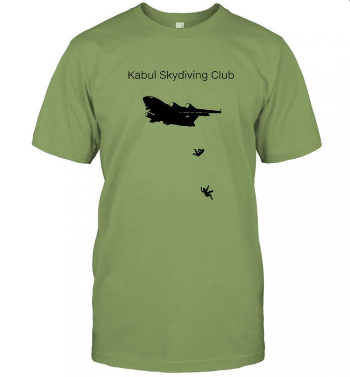 Afganistan da uçaktan düşen insanların resmedildiği tişörtler ABD de satışta #2