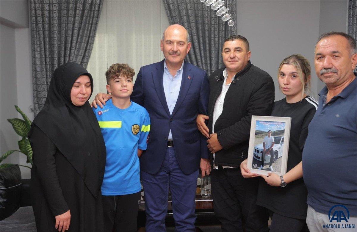 Süleyman Soylu, Emirhan Yalçın ve Ali Yasin Ülger in ailelerini ziyaret etti #3