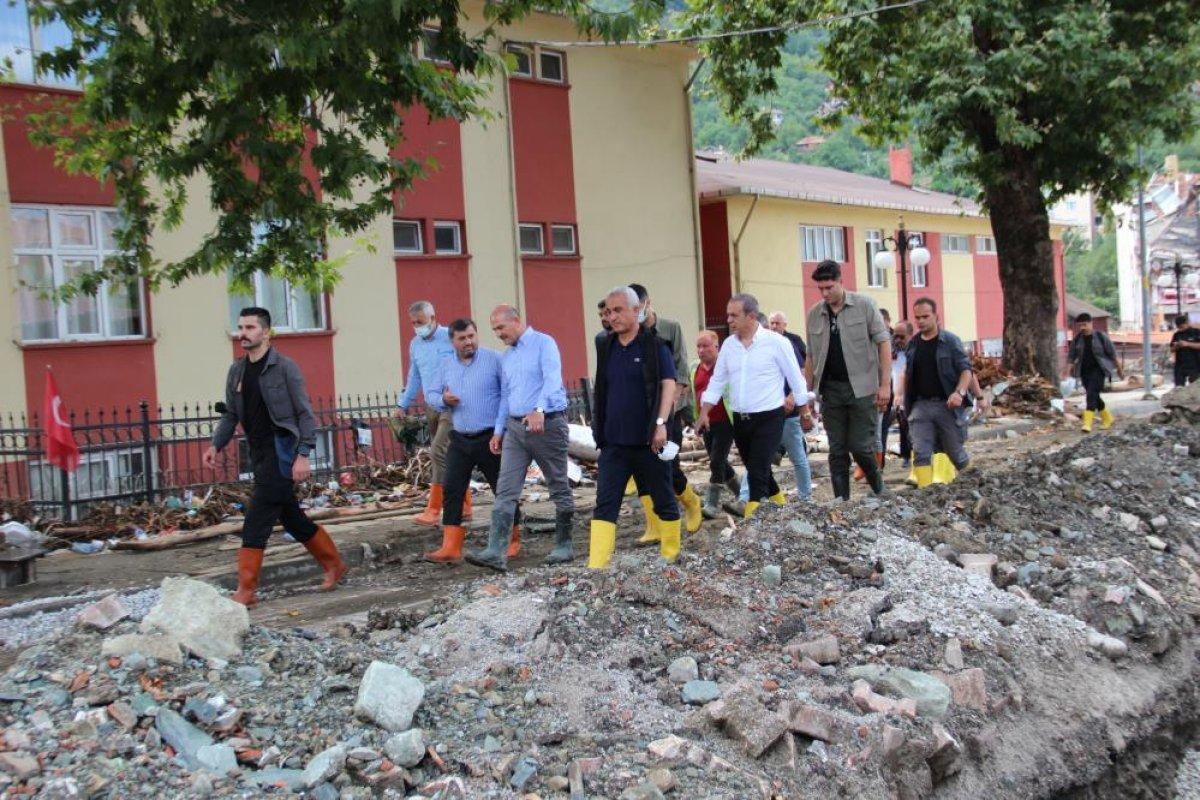 Kastamonu da sel felaketinden etkilenen kadın: Böyle hizmet görmedim  #4