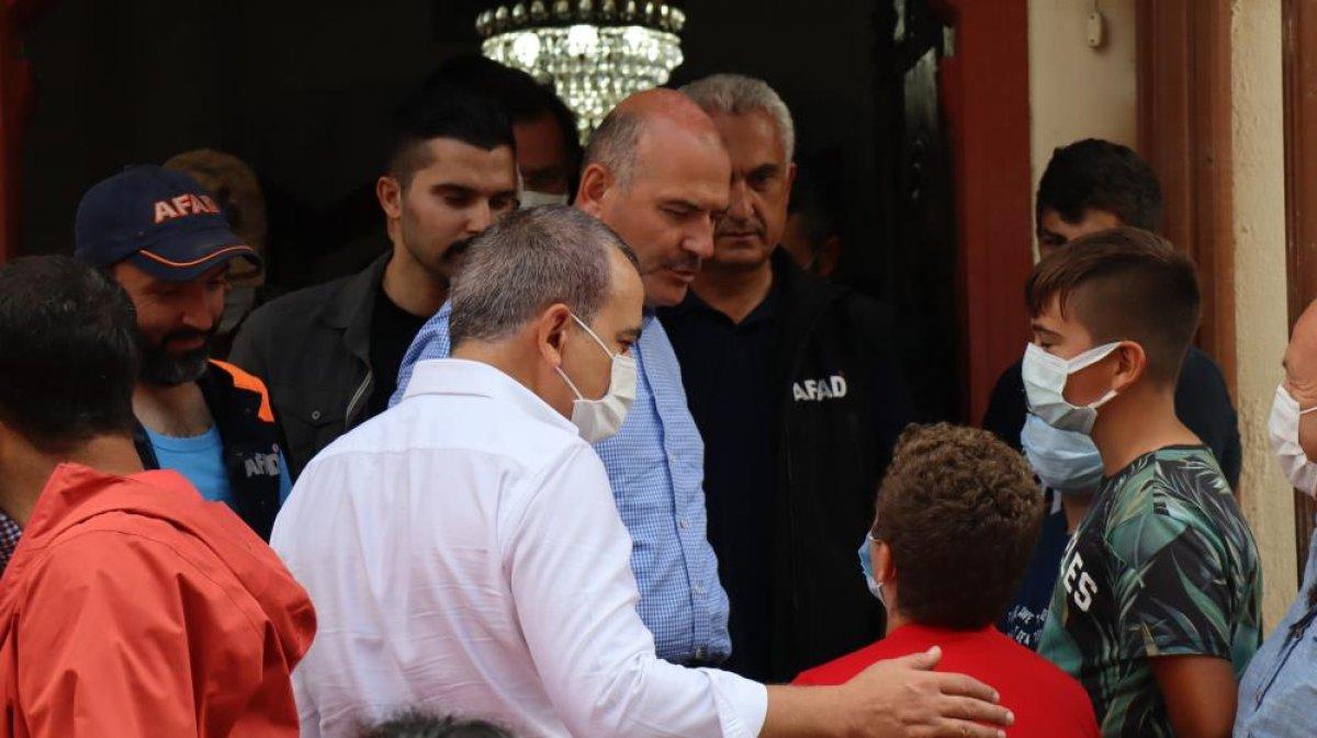 Kastamonu da sel felaketi sonrası ilk cuma namazı kılındı  #2