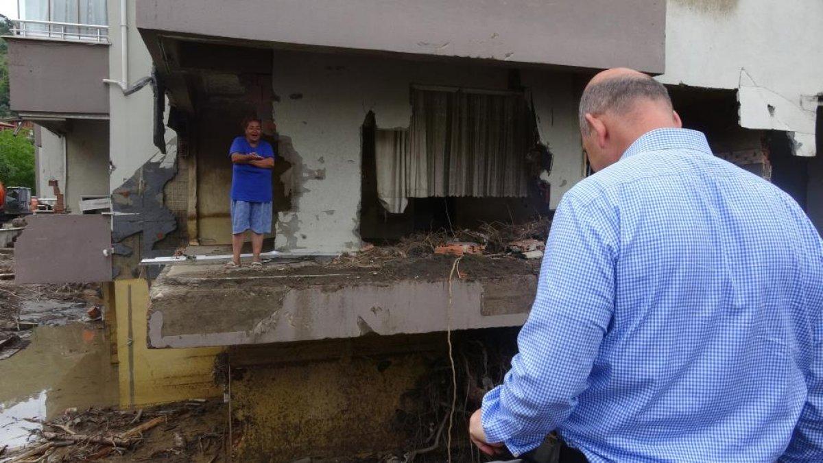 Kastamonu da sel felaketinden etkilenen kadın: Böyle hizmet görmedim  #1