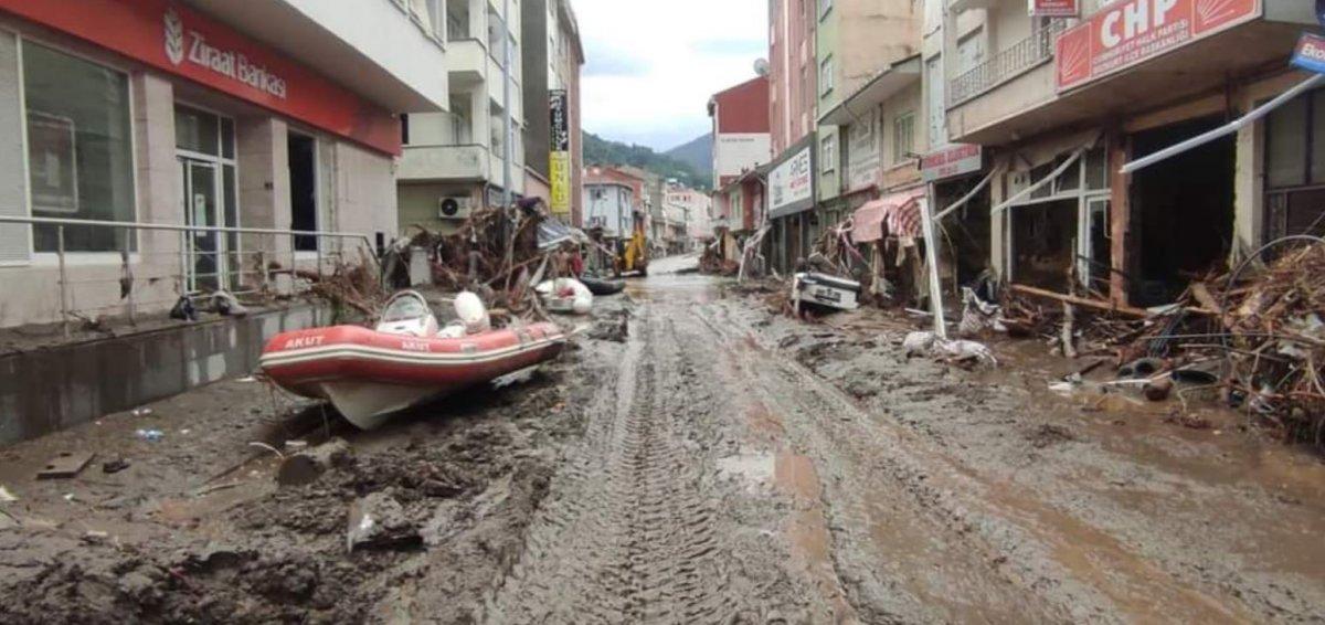 Batı Karadeniz deki sel felaketinde can kaybı 79 oldu #5