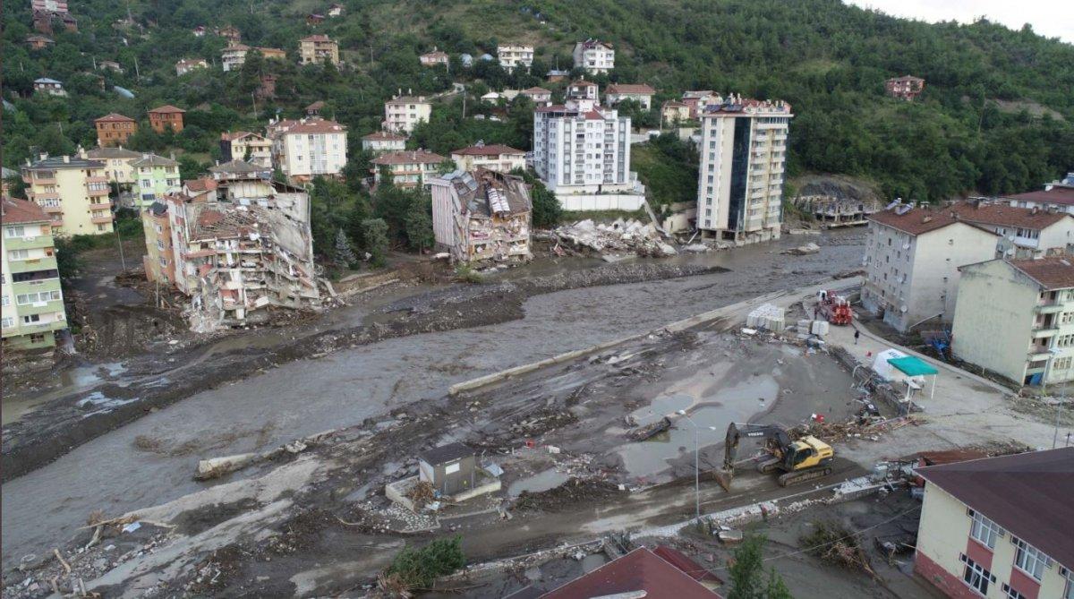 Batı Karadeniz deki sel felaketinde can kaybı 79 oldu #3