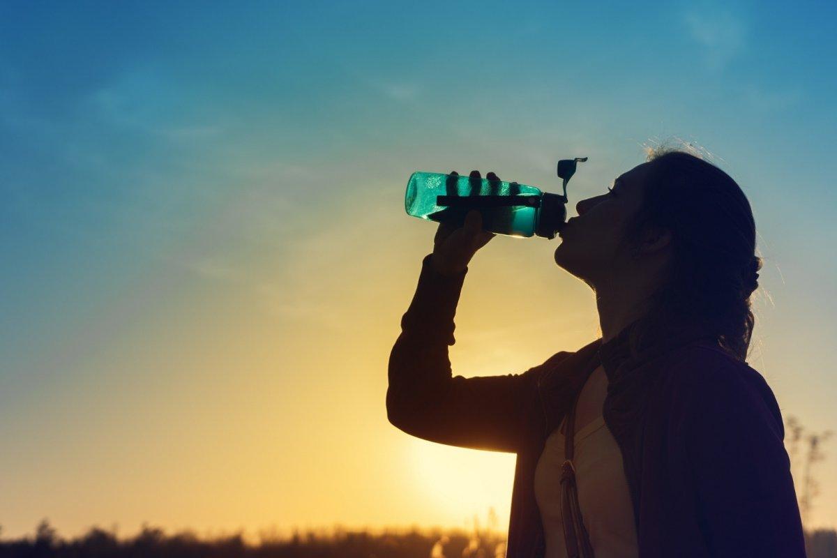 Su içmenin 20 faydası #1