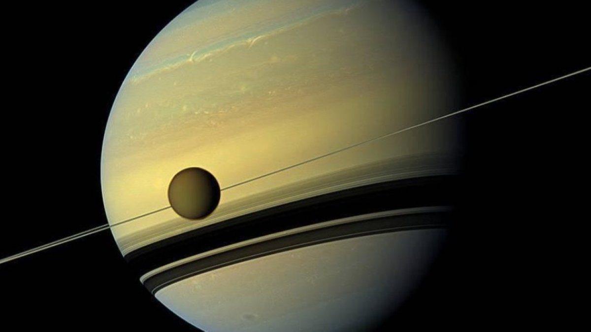 NASA, Satürnün uydusu Titanda yaşam arayacak