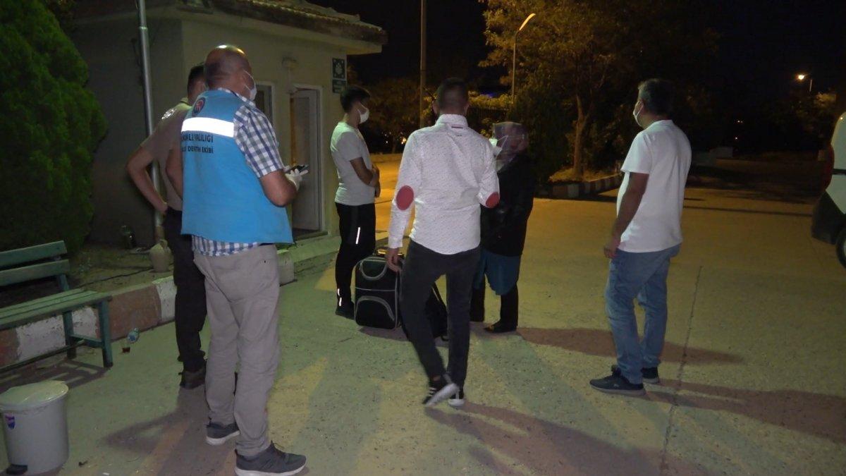 Kırıkkale de koronalı aile trenden indirildi #3