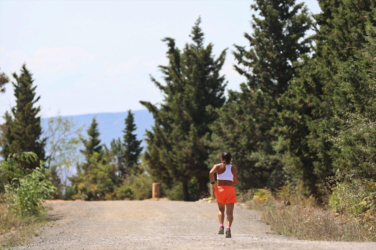 Ultra maratoncu Bakiye Duran, 62 yaşında 300 kilometre koşacak #13