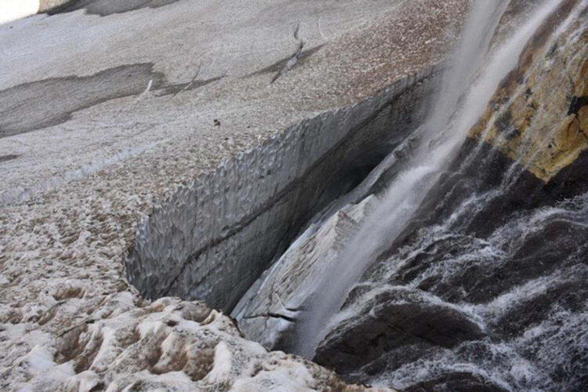 Cilo Dağları ndaki buzullar, küresel ısınma nedeniyle eriyor #2
