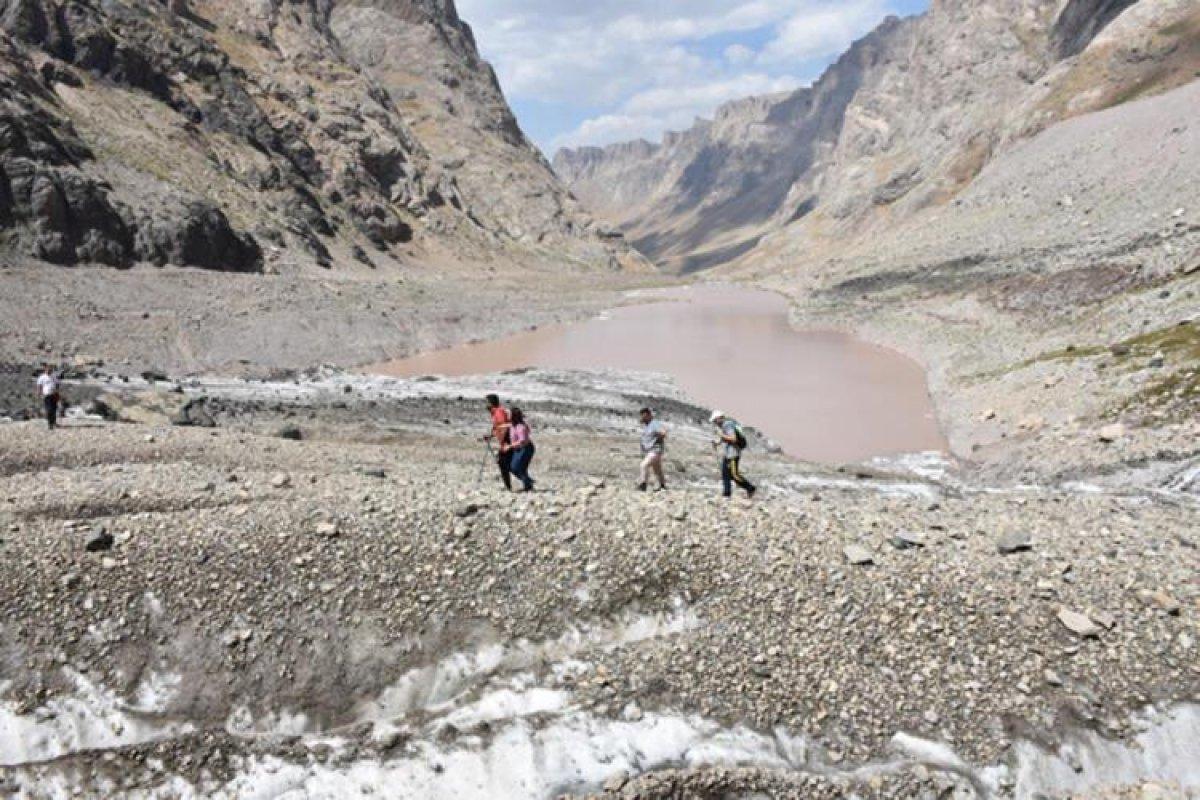Cilo Dağları ndaki buzullar, küresel ısınma nedeniyle eriyor #1