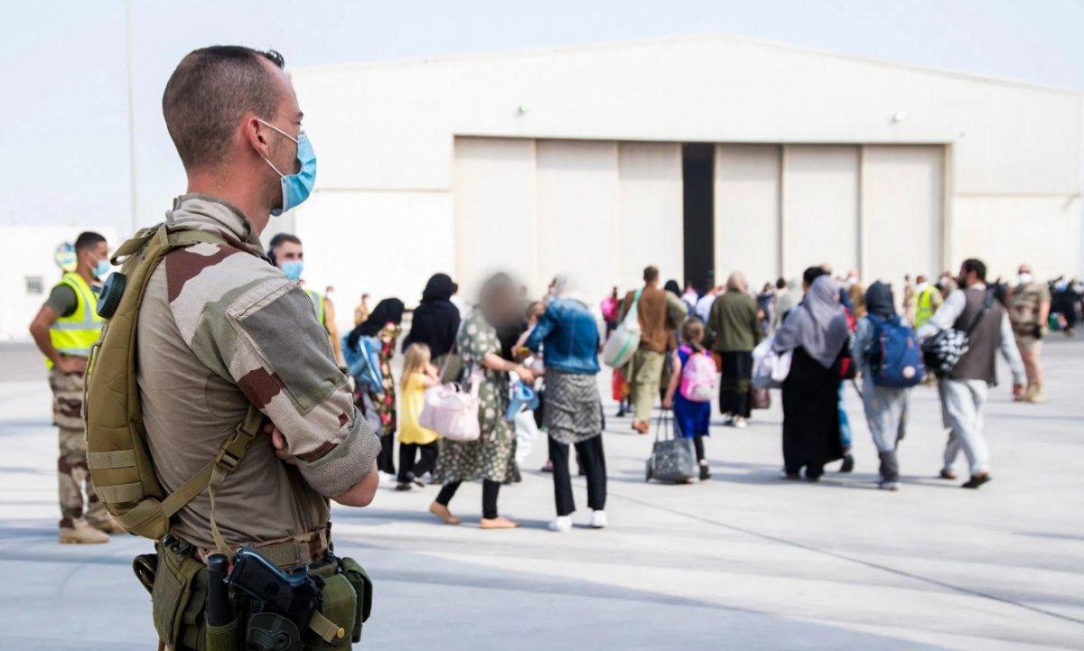 Fransa, eski Afgan çalışanlarını tahliye için irtibata bile geçmedi #4
