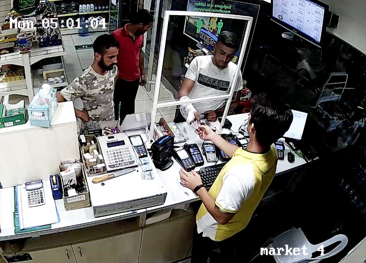 Adana da hastaneden refakatçilerin eşyasını çalan 3 hırsız tutuklandı #2