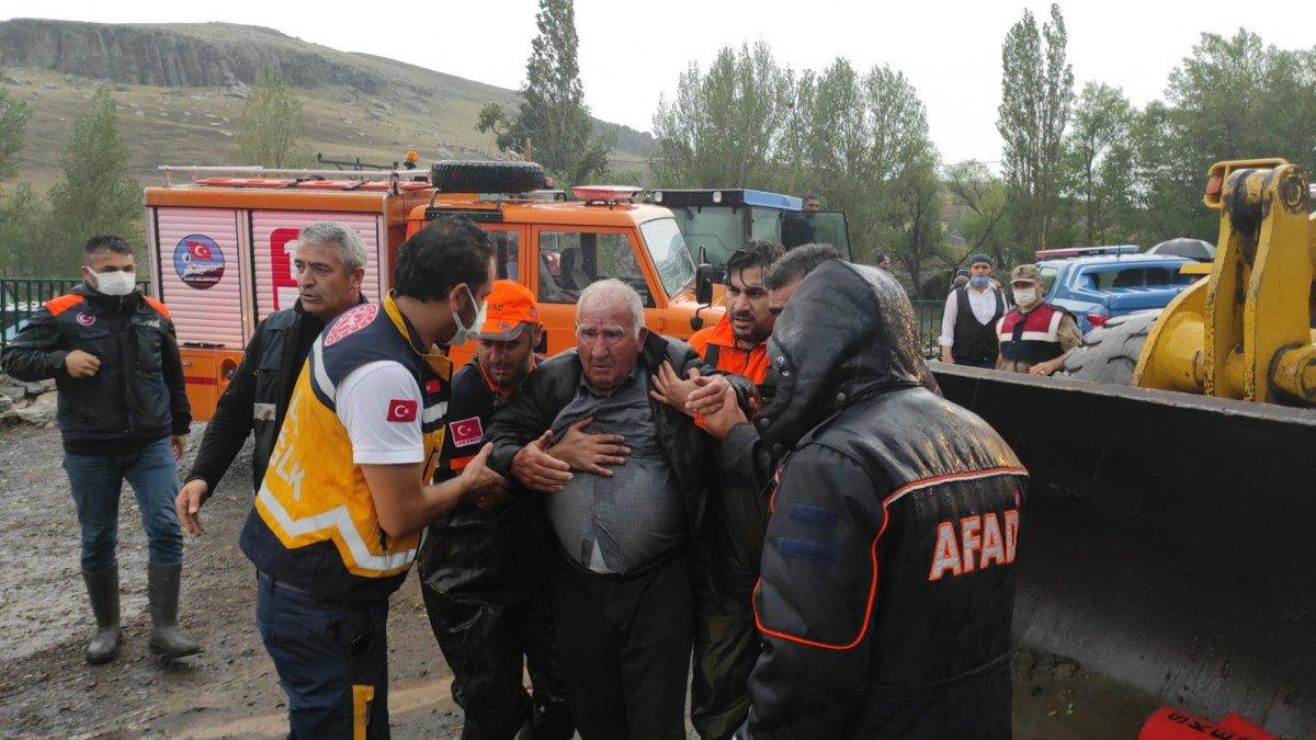 Kars ın köylerinde sel etkili oldu #4