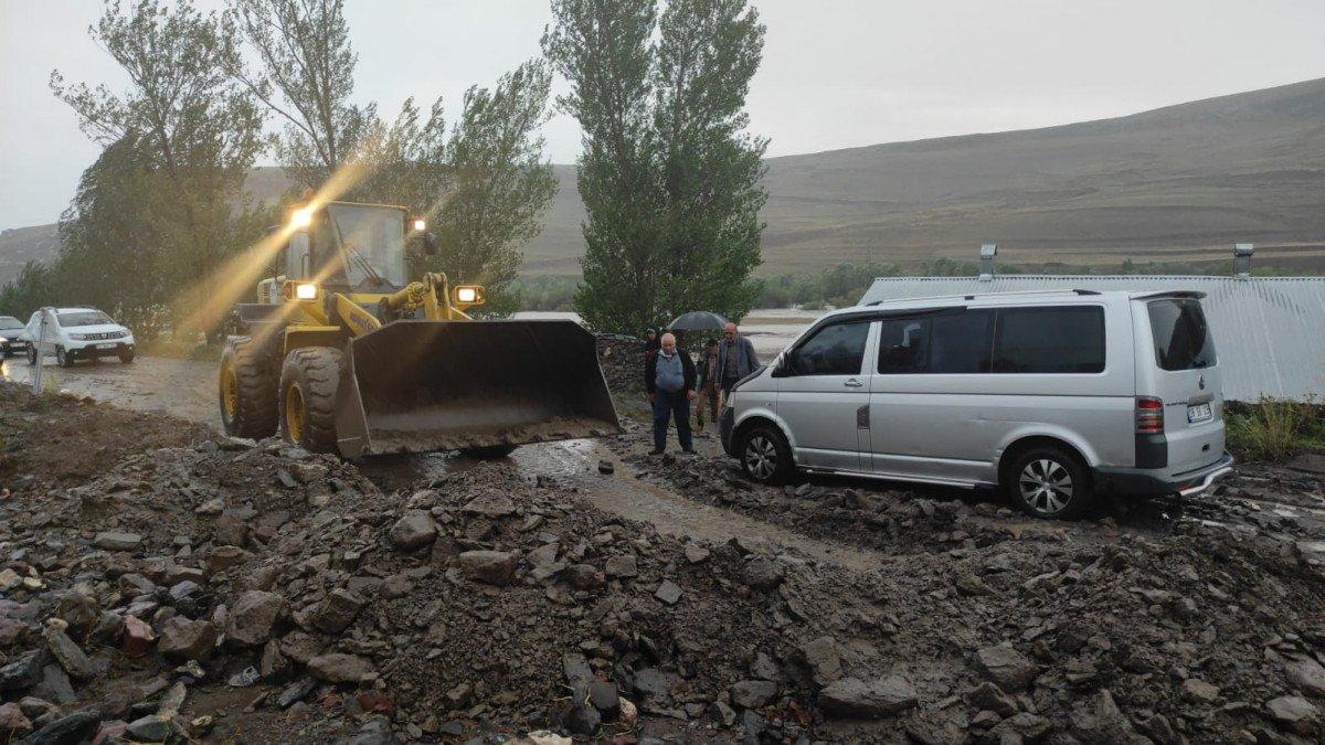 Kars ın köylerinde sel etkili oldu #6