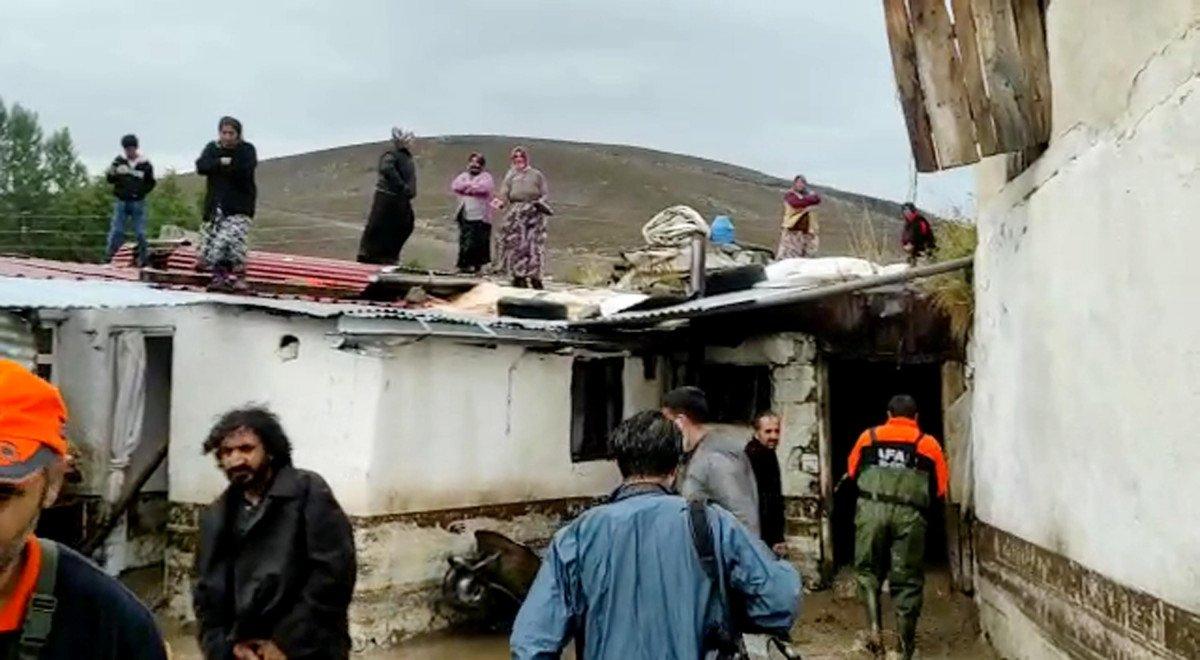 Kars ın köylerinde sel etkili oldu #3
