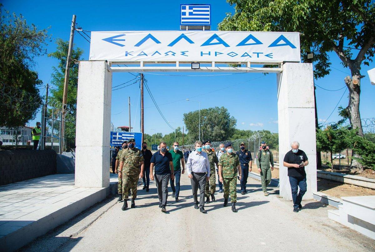Yunanistan dan  Afganlar  için önlem: Türkiye sınırına 40 kilometrelik çelik duvar örüldü #1